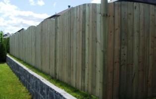 Clôture Avantage et Lévisienne, clôtures à Québec Clôture de bois traité