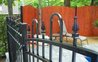 Clôture Avantage et Lévisienne, clôtures à Québec Clôture de fer forgé lévis