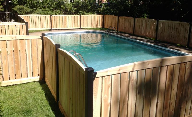 Cl tures de c dre blanc et bois trait cl ture avantage for Cloture amovible piscine quebec