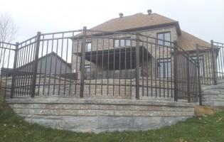 Clôture Avantage et Lévisienne, clôtures à Québec Contemporain