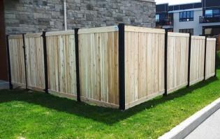 Clôture Avantage et Lévisienne, clôtures à Québec Embouveté avec poteaux en cèdre teints