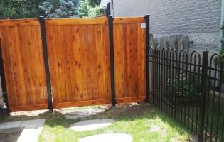 Clôture Avantage et Lévisienne, clôtures à Québec teinture cèdre