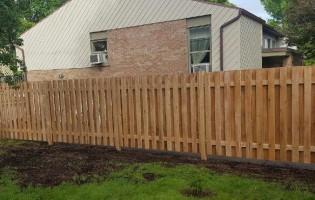Clôture Avantage et Lévisienne, clôtures à Québec Cèdre modèle bon-voisin