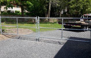 Clôture Avantage et Lévisienne, clôtures à Québec Frost commerciale pour résidentielle
