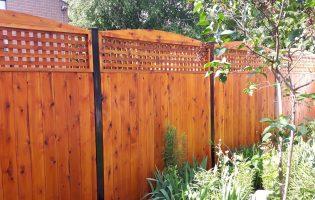 Clôture Avantage et Lévisienne, clôtures à Québec cèdre blanc et teinture 009 chênes foncé