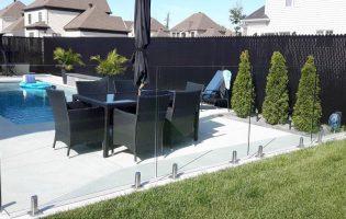 Clôture Avantage et Lévisienne, clôtures à Québec Verre 12 mm sur spigot