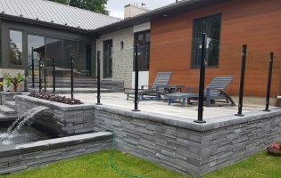 Clôture Avantage et Lévisienne, clôtures à Québec Clôture de verre 6 mm sur muret